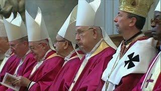 Thế giới nhìn từ Vatican 31/10 - 05/11/2014: Lễ Các Thánh Nam Nữ tại Vatican